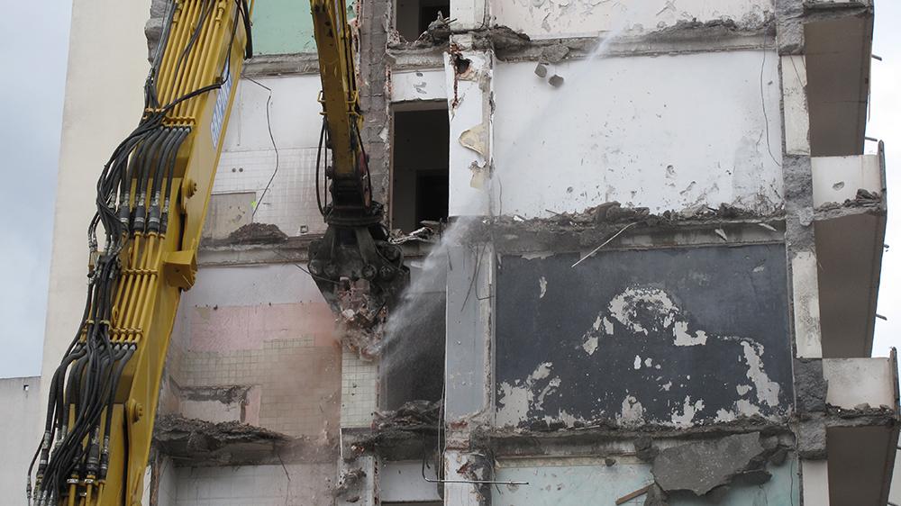 Démolition : projet Gratte-ciel centre ville
