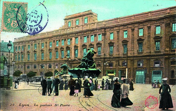 Lyon - Le palais St Pierre