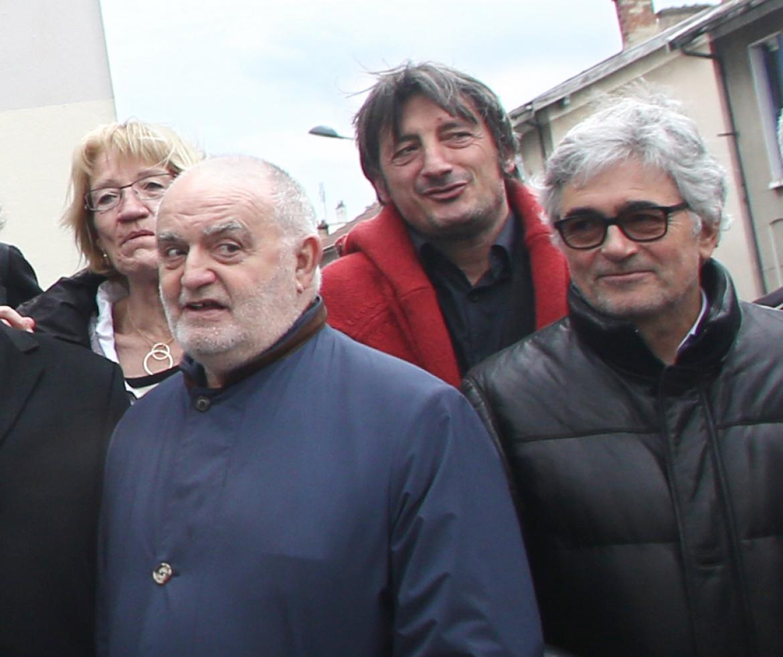 Francis Allimant (en bleu), avec Marc Lefebvre, ancien président de l'Asvel pro.