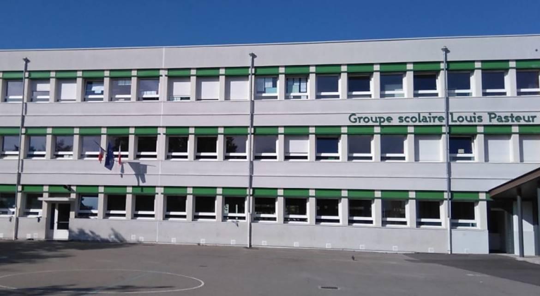 La cour de l'école Louis-Pasteur.