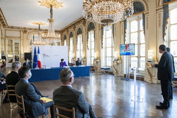 Villeurbanne, capitale française de la culture  Rencontre avec la ministre de la Culture et séance de travail à Paris