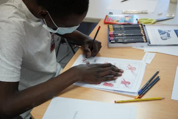 A Villeurbanne, un dessinateur professionnel à la rencontre de jeunes autistes…