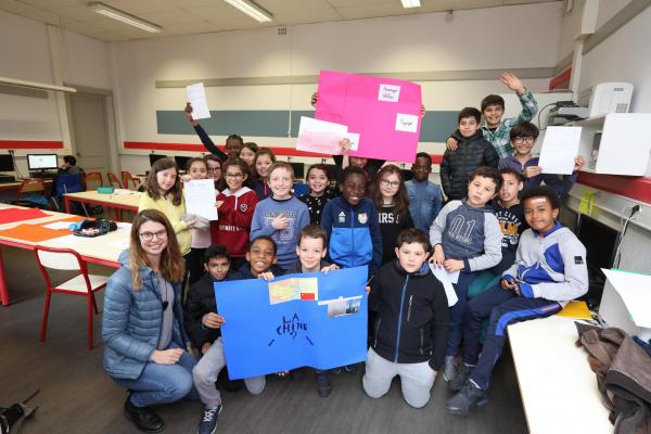 Ecole Croix-Luizet  Un tour du monde suivi de près