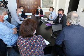 Céric Van Styvendael et des membres de l'intersyndical du site General Electric Grid Solutions le 30 septembre 2020